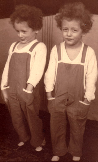 Albert Friedlander and his twin brother, Karl-Heinz, early 1930s.