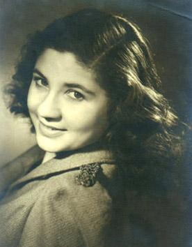 Yvonne Ferstenfeld, 1946.