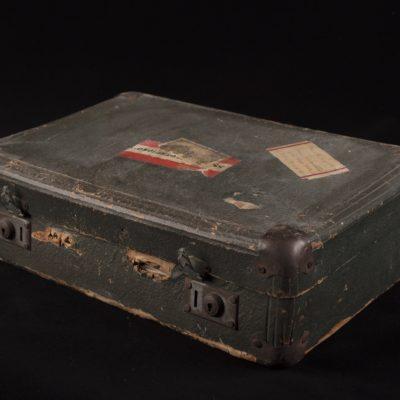 Suitcase of Aviva Finkelstejn